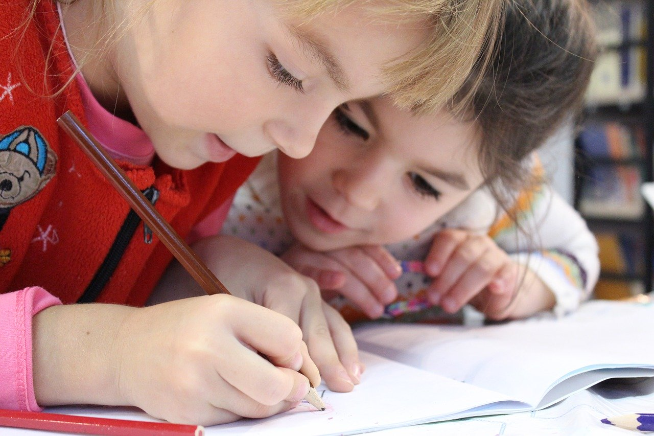 ReConstruir - Psicologia & Desenvolvimento Pessoal - Estimulação da Aprendizagem nas Crianças